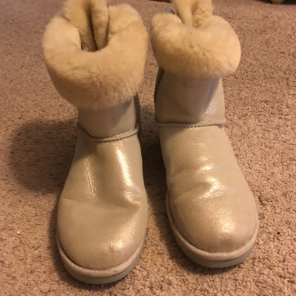 982971a812b UGG white I do Bailey Bow bling boots!
